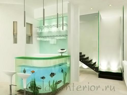 Большой аквариум внутри барной стойки