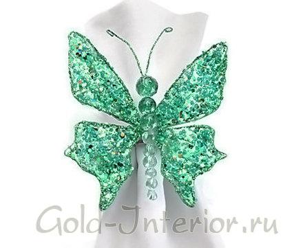 Бабочка из зелёных бусин и бисера для салфеток