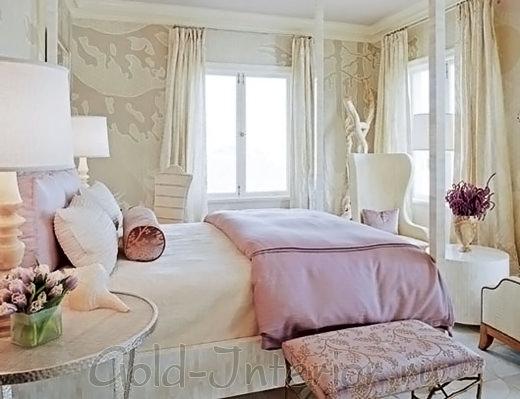 Бежевый + бледный сиреневый и розовый в декоре спальни