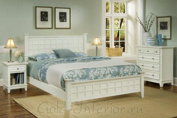 Белая мебель и пастельные холодные оттенки в интерьере