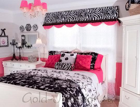 Белый, чёрный и яркий розовый цвет в детской для девочки