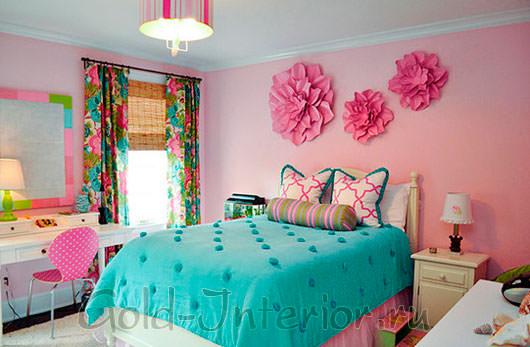 Бирюзовый цвет плюс розовые оттенки в спальне для девочек