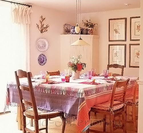 Цвет сирени и персика в оформлении кухни