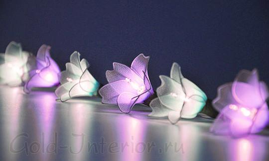 Цветочки на светодиодной гирлянде