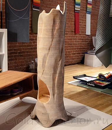Деревянный напольный светильник необычной формы