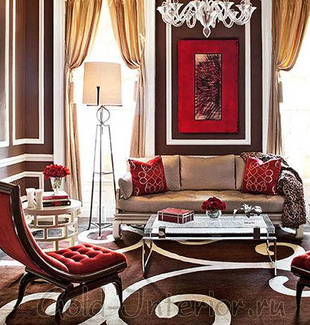 Диван цвета экрю + красные кресла
