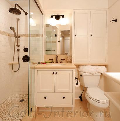 Душевая кабина в интерьере туалета совмещённого с ванной