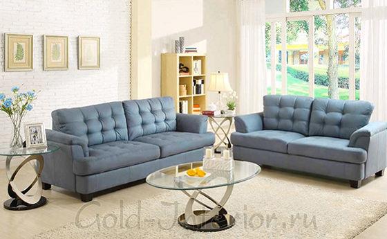 Два дивана в интерьере гостиной серовато-голубого оттенка