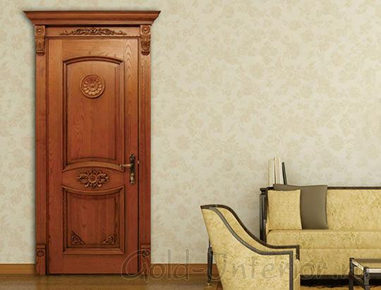 Дверь из древесного массива