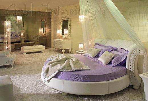 Двуспальная кровать круглой формы в детской