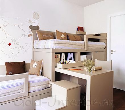 Двухъярусная кровать, раскладной стол и полки