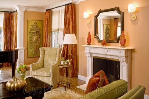 Фисташковый, персиковый и цвет авокадо в гостиной комнате