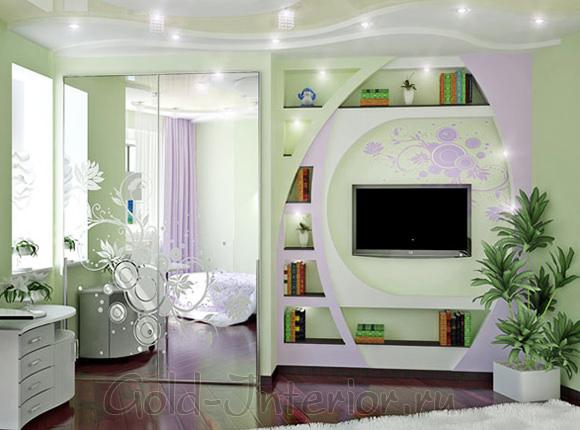 Галогенные лампочки и точечные светильники в интерьере комнаты