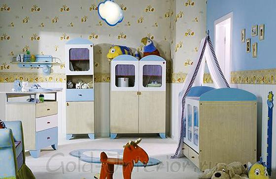 Игровая зона в комнате для новорождённого