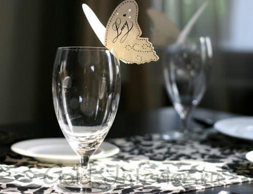 Именная карточка в виде бабочки