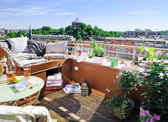 Интерьер балкона - уютный уголок на свежем воздухе