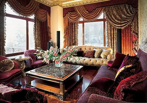 Интерьер гостиной в барочном стиле - рубиновый и сапфировый цвет