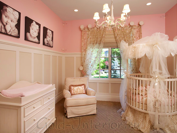 Интерьер комнаты для новорождённой девочки