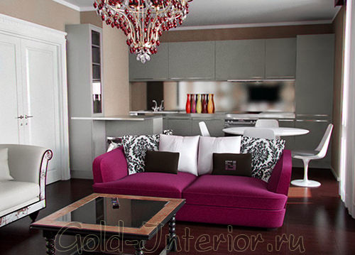 Интерьер квартиры-студии с розовым диваном