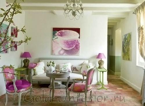 Картина в интерьере стиля прованс