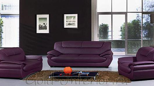 Кожаные кресла и диван черничного цвета