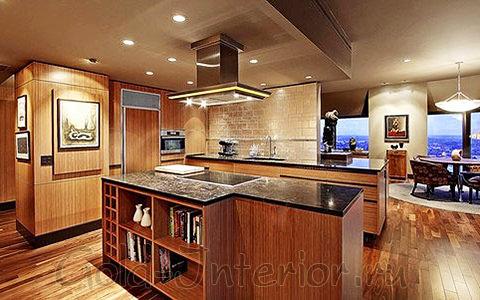 Колониальный стиль и обои из бамбука в интерьере дома