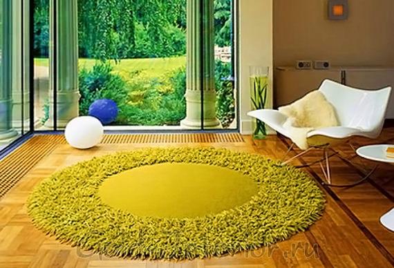 Ковёр словно натуральный мох на полу