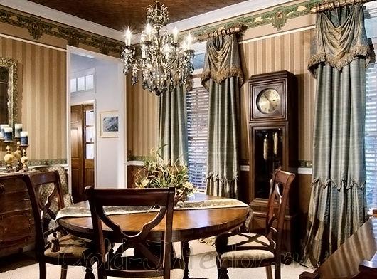 Круглый стол для викторианского интерьера