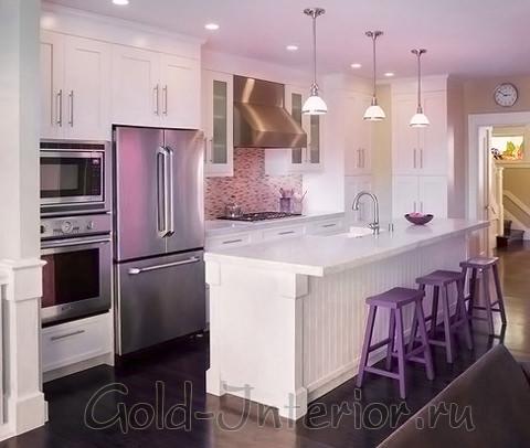 Лиловый + шоколадный оттенки в декоре кухни