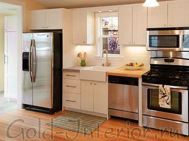 Линейная расстановка мебели на кухне