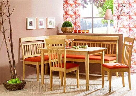 Маленький кухонный уголок из дерева и красными сидениями