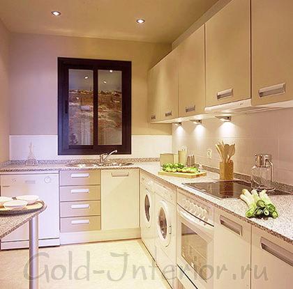 Мебельные точечные светильники на кухне