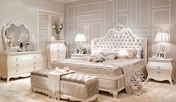 Мерцающий французский стиль в спальне