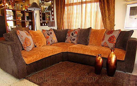 Мягкий угловой диван из трёх частей