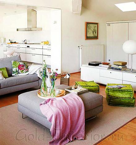 Мягкий диванчик для кухни
