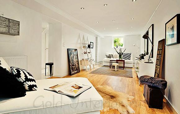 На фотографии интерьер трёхкомнатной квартиры