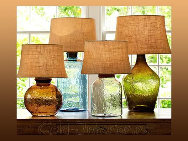 Настольные лампы от бренда Pottery Barn