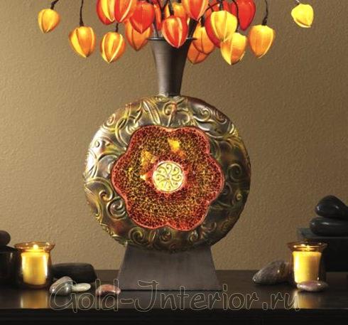 Необычная ваза тёплых оттенков для интерьера