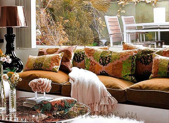 Нераскладывающийся диван