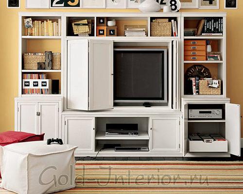 Компактный способ хранения аксессуаров и предметов в гостиной 16 кв м