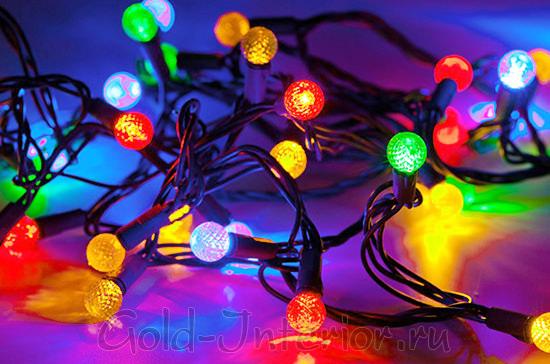 Новогоднее украшение для ёлки - светодиодная гирлянда