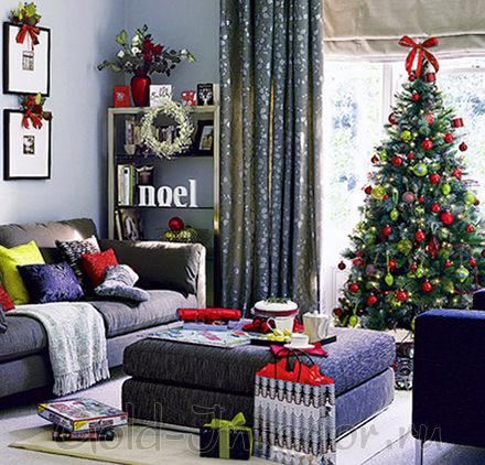 Новогодние украшения в оформлении комнаты