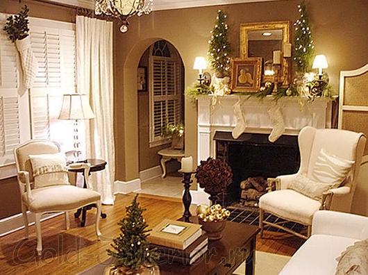 Новогодний интерьер гостиной: ореховый цвет