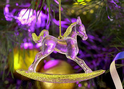 Новогодний сувенир - хрустальная лошадка