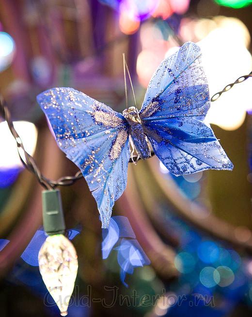 Новогодняя синяя бабочка из бумаги