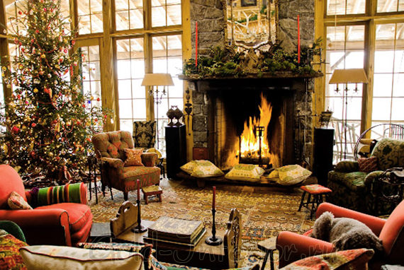 Новогодняя ель в интерьере гостиной