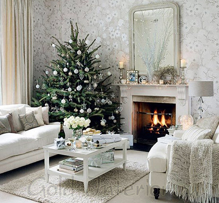 Новогодняя гостиная в белом цвете