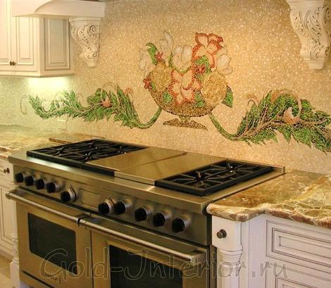 Объёмный рисунок из мозаики в интерьере кухни