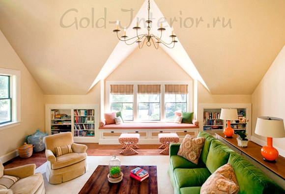 Оранжевые аксессуары + зелёный диван