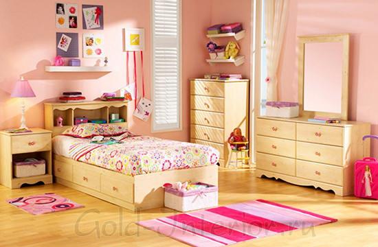 Персиковый цвет в интерьере комнаты для девочки 6-9 лет